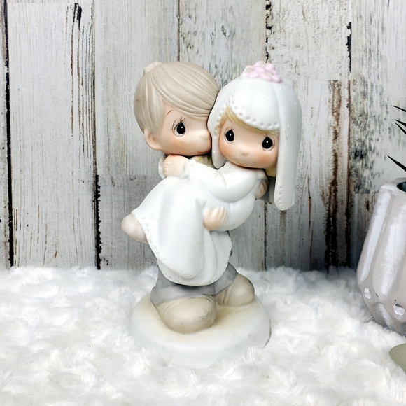 """Precious Moments """"Bless You Two"""" Figurine Wedding"""